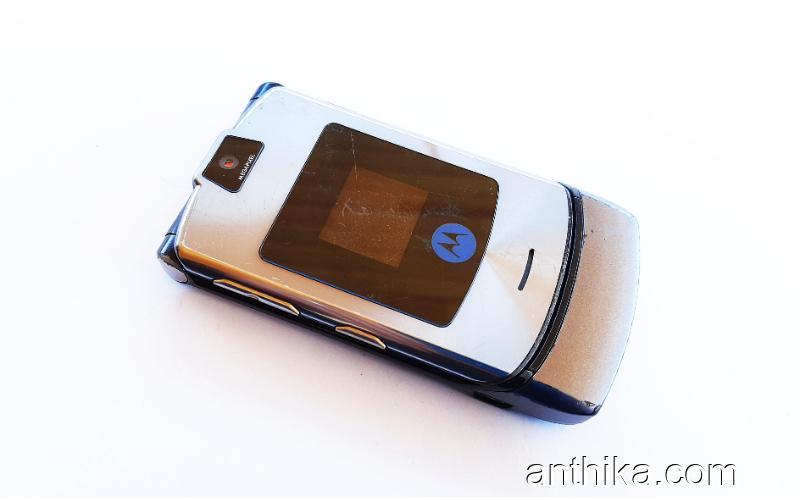 Motorola V3i Cep Telefonu Gri Yedek Parça