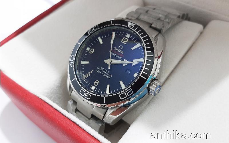 Omega Seamaster Planet Ocean 007 James Bond